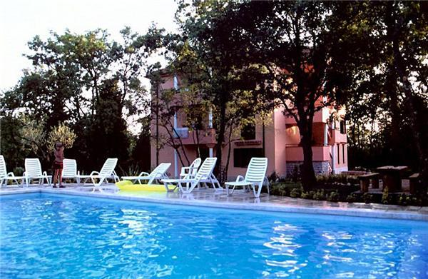 Apartment for 4 persons, with swimming pool , in Umag - Image 1 - Umag - rentals