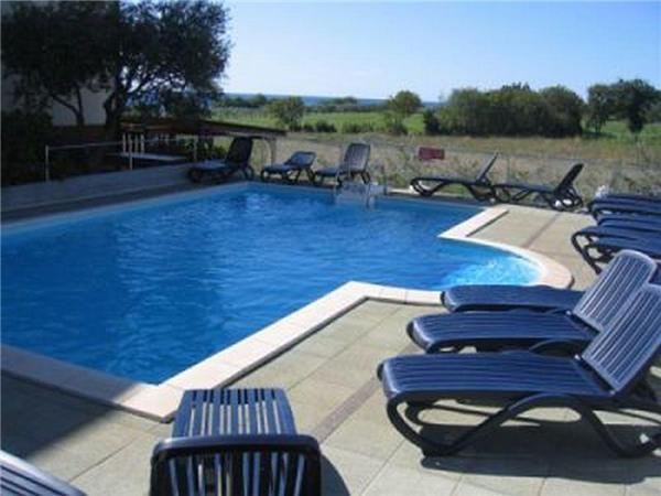 Apartment for 4 persons, with swimming pool , near the beach in Umag - Image 1 - Umag - rentals