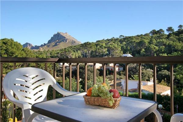 Apartment for 5 persons, with swimming pool , near the beach in Cala San Vicente - Image 1 - Cala San Vincente - rentals