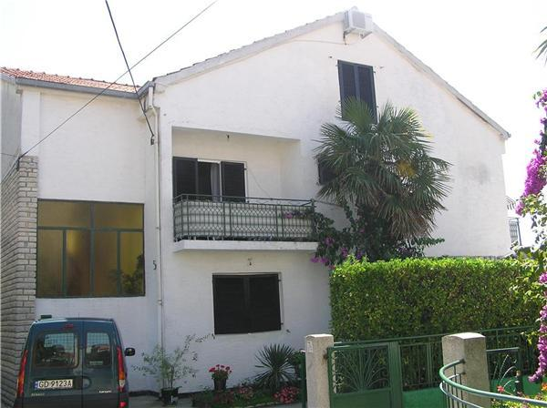Apartment for 3 persons near the beach in Zadar - Image 1 - Zadar - rentals