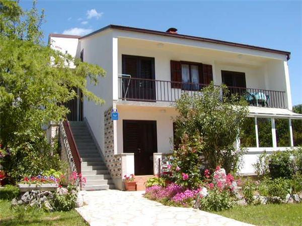 Apartment for 5 persons near the beach in Krk - Image 1 - Baska - rentals