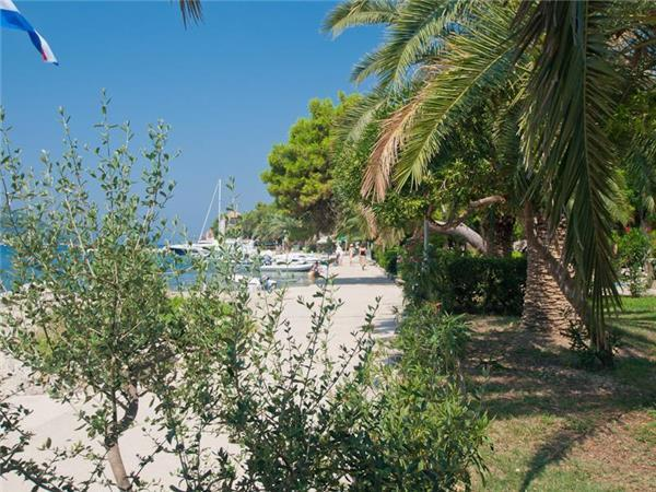 Renovated apartment for 5 persons near the beach in Dubrovnik - Image 1 - Sipanska Luka - rentals