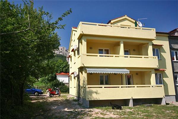 Apartment for 5 persons in Krk - Image 1 - Baska - rentals