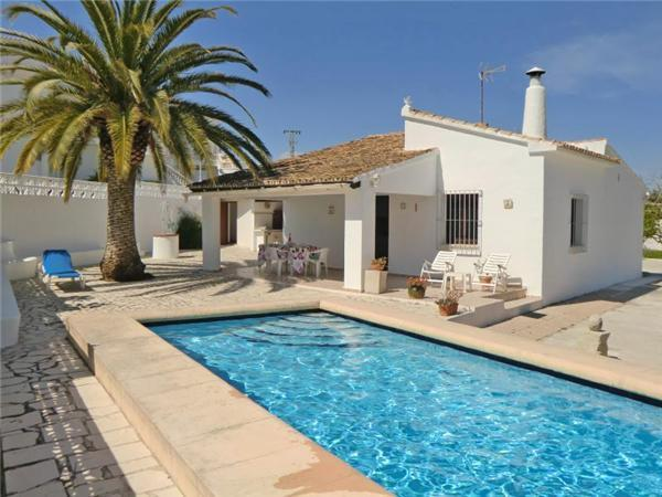 Holiday house for 6 persons, with swimming pool , in Moraira - Image 1 - Benitachell - rentals