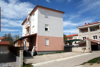 Apartment for 5 persons in Medulin - Image 1 - Medulin - rentals