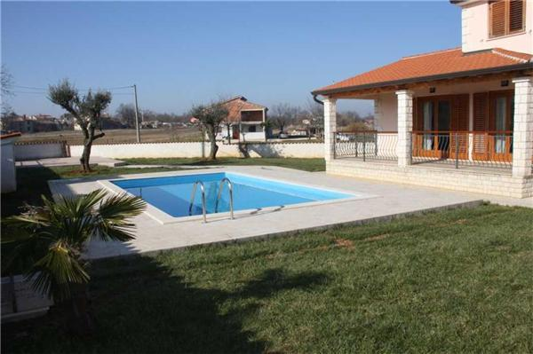 Holiday house on 135 sqm for 6 persons, with swimming pool , in Porec - Image 1 - Musales - rentals
