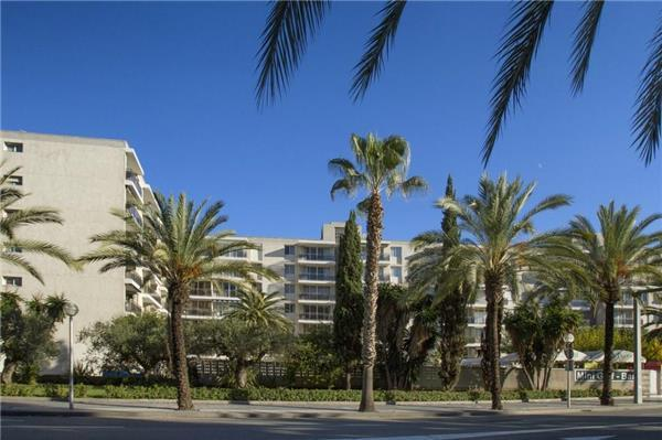 Apartment for 6 persons, with swimming pool , near the beach in Salou - Image 1 - Salou - rentals
