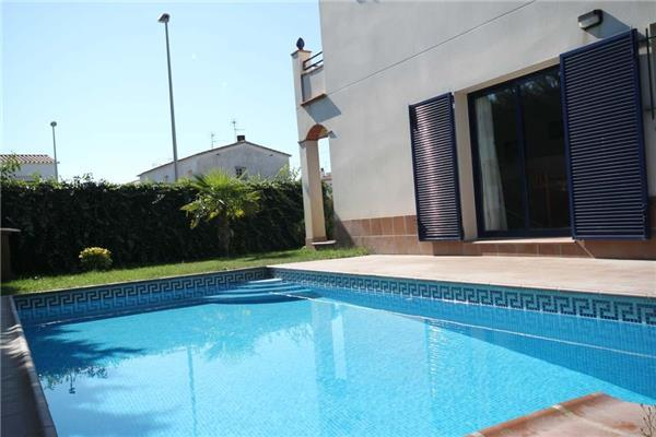 Attractive holiday house for 6 persons, with swimming pool , in Escala - Image 1 - L'Escala - rentals
