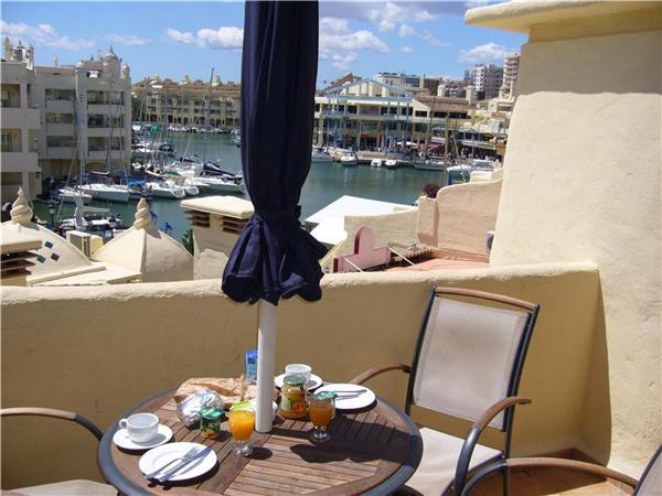 Attractive apartment for 3 persons near the beach in Benalmadena - Image 1 - Benalmadena - rentals