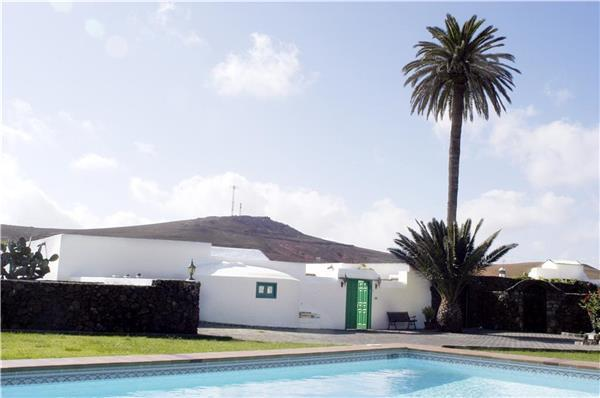 Luxury holiday house for 8 persons, with swimming pool , in Teguise - Image 1 - Los Valles - rentals