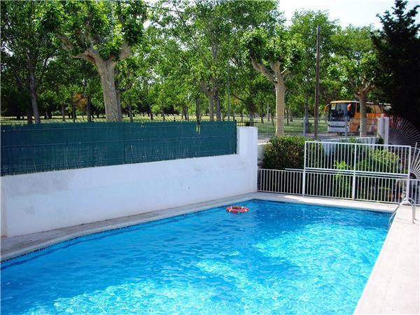 Apartment for 4 persons, with swimming pool , in Empuriabrava - Image 1 - Empuriabrava - rentals