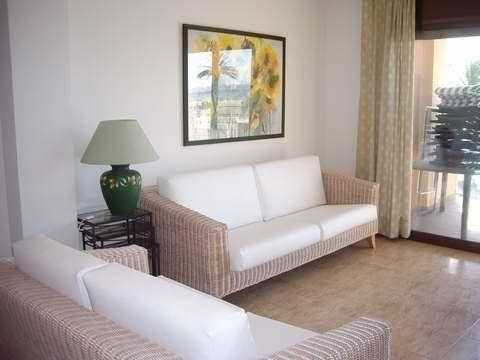 Apartment for 4 persons, with swimming pool , near the beach in Empuriabrava - Image 1 - Empuriabrava - rentals