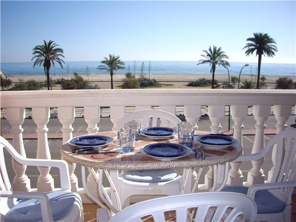 Apartment for 4 persons near the beach in Empuriabrava - Image 1 - Empuriabrava - rentals