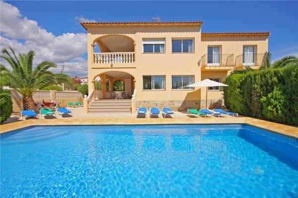 Attractive holiday house for 16 persons, with swimming pool , in Calpe - Image 1 - Calpe - rentals