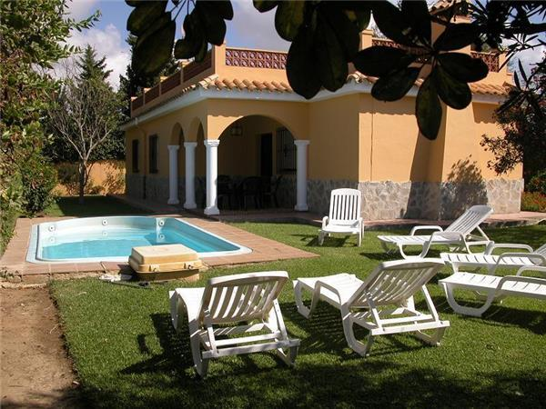 Attractive holiday house for 6 persons, with swimming pool , in Conil de la Frontera - Image 1 - Conil de la Frontera - rentals