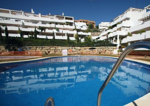 Apartment for 6 persons, with swimming pool , in Estepona - Image 1 - Estepona - rentals