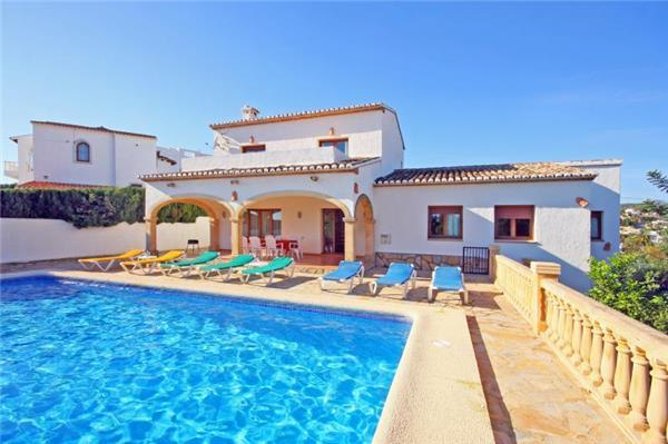 Holiday house for 8 persons, with swimming pool , near the beach in Calpe - Image 1 - Calpe - rentals