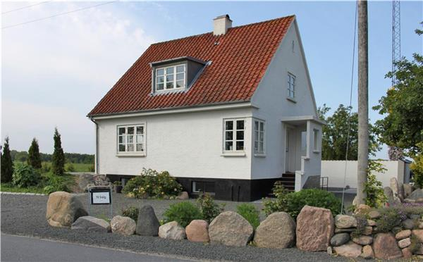 Renovated holiday house for 6 persons in Ærø - Image 1 - Marstal - rentals