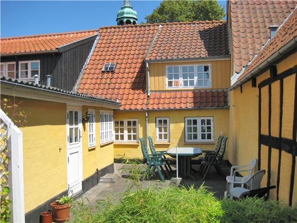 Holiday house for 4 persons in Ærø - Image 1 - Aeroskobing - rentals