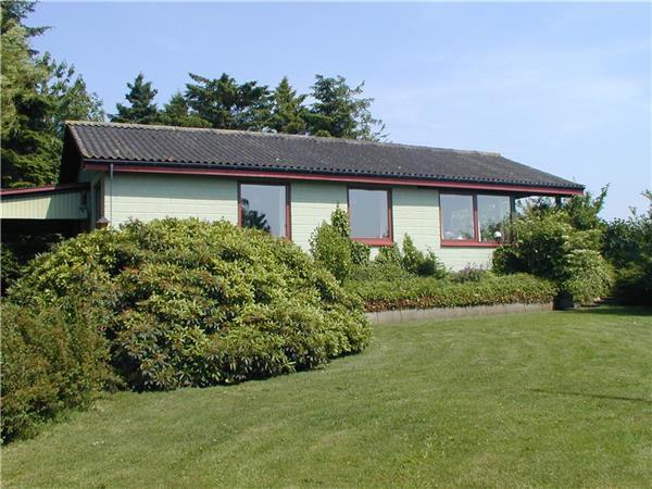 Attractive holiday house for 6 persons in North-western Funen - Image 1 - Middelfart - rentals