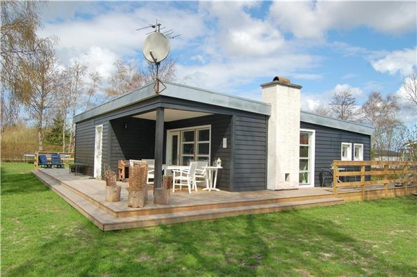 Newly renovated holiday house for 6 persons near the beach in Als - Image 1 - Sydals - rentals