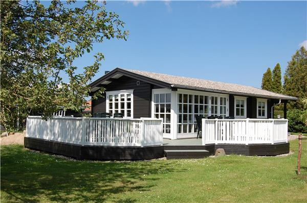 Renovated holiday house for 6 persons in Southern Funen - Image 1 - Svendborg - rentals