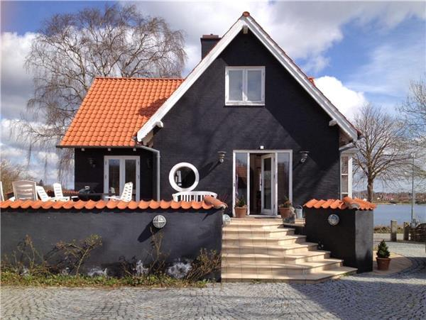 Holiday house for 6 persons in Southern Funen - Image 1 - Svendborg - rentals
