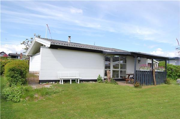 Holiday house for 4 persons in Southern Funen - Image 1 - Faborg - rentals
