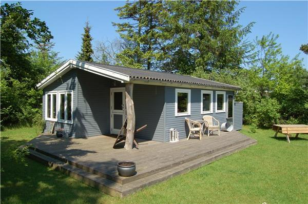 Holiday house for 4 persons near the beach in North-western Funen - Image 1 - Middelfart - rentals