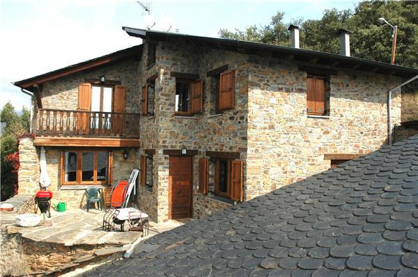 Attractive holiday house for 6 persons in Pyrenees - Image 1 - Anserall - rentals