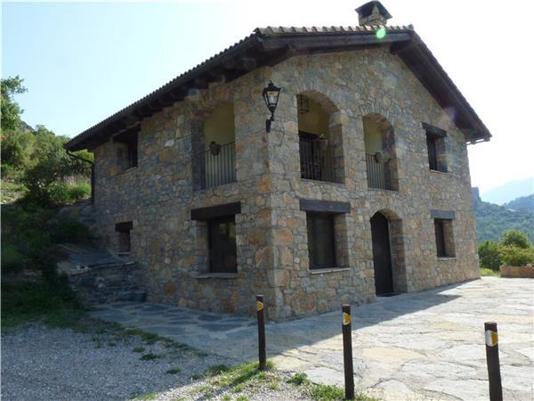 Attractive holiday house for 8 persons, with swimming pool , in Pyrenees - Image 1 - Coll de Nargo - rentals