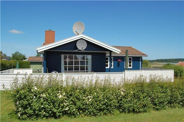 Renovated holiday house for 6 persons near the beach in East Coast - Image 1 - Haderslev - rentals