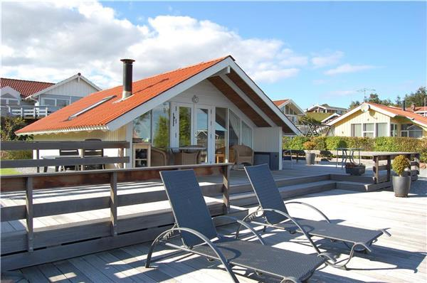 Holiday house for 6 persons in East Coast - Image 1 - Bjert - rentals
