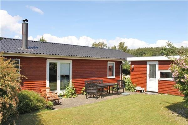 Renovated holiday house for 6 persons in Southern Funen - Image 1 - Faldsled - rentals