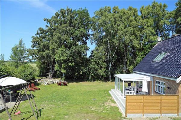 Newly renovated holiday house for 8 persons near the beach in Snogebæk - Image 1 - Nexo - rentals