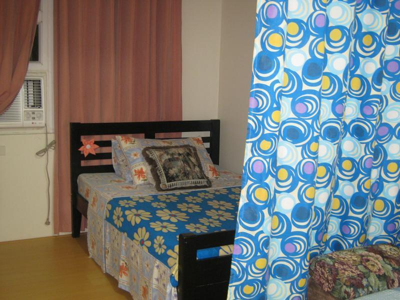 Studio unit near de la salle university - Image 1 - Manila - rentals