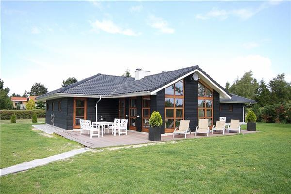 Holiday house for 10 persons in Stevns - Image 1 - Rodvig - rentals