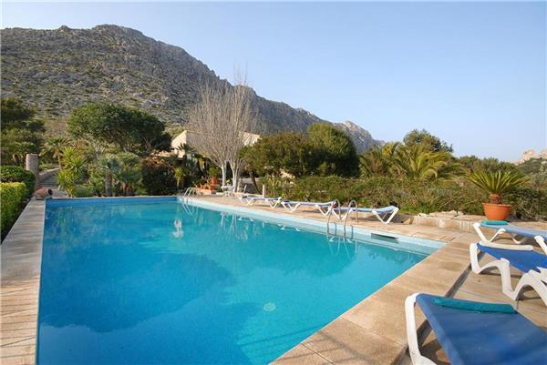 Holiday house for 6 persons, with swimming pool , in Port de Pollenca - Image 1 - Puerto Pollensa - rentals