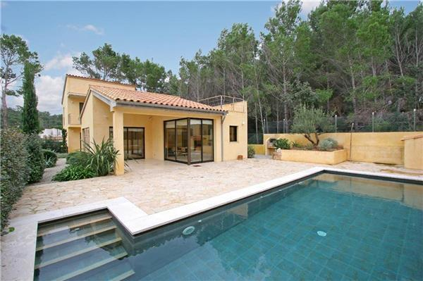 Luxury holiday house for 10 persons, with swimming pool , near the beach in Cala San Vicente - Image 1 - Cala San Vincente - rentals