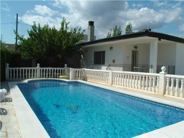 Holiday house for 11 persons, with swimming pool , near the beach in L'Ametlla de Mar - Image 1 - L'Ametlla de Mar - rentals