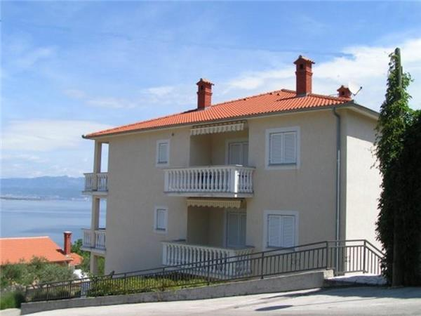 Apartment for 2 persons near the beach in Krk - Image 1 - Vrbnik - rentals