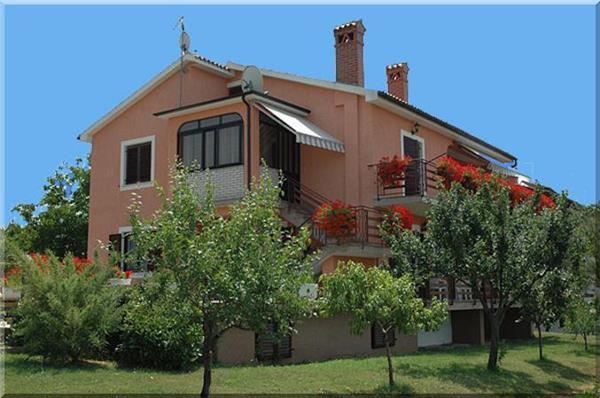 Apartment for 3 persons in Novigrad - Image 1 - Novigrad - rentals