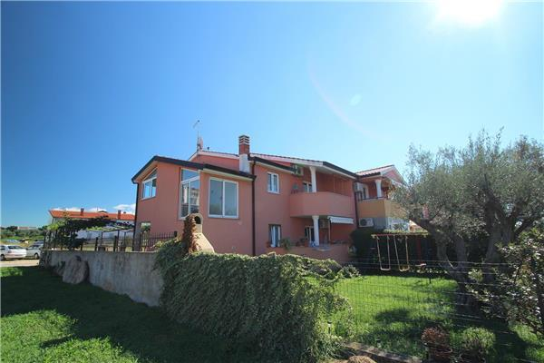 Apartment for 4 persons in Novigrad - Image 1 - Novigrad - rentals