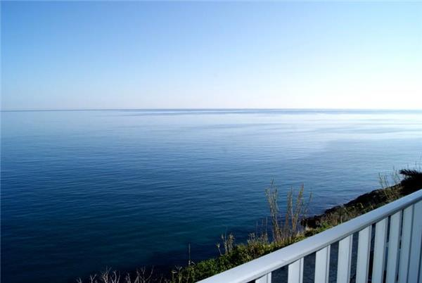 Apartment for 5 persons near the beach in Llanca - Image 1 - Llanca - rentals