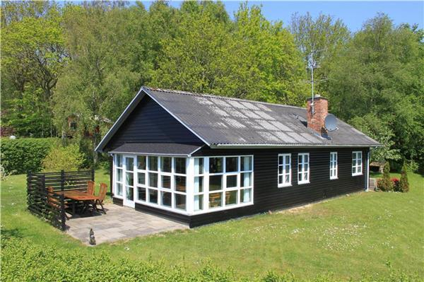 Renovated holiday house for 6 persons in Mors/Salling - Image 1 - Roslev - rentals