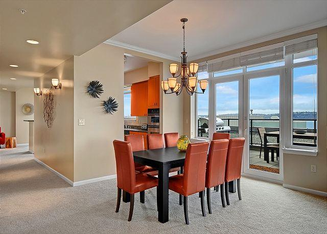 Spacious and Elegant From Inside to Outside! - Posh living at the top of the Olympus. Stunning views, great location! - Seattle - rentals