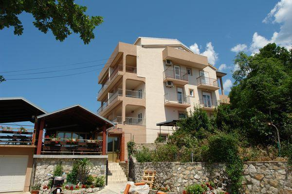 Apartment for 8 persons near the beach in Crikvenica - Image 1 - Dramalj - rentals