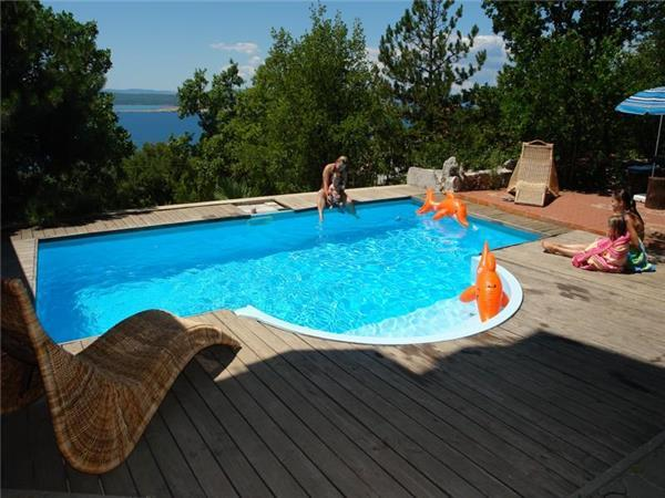 Apartment for 4 persons, with swimming pool , in Crikvenica - Image 1 - Dramalj - rentals