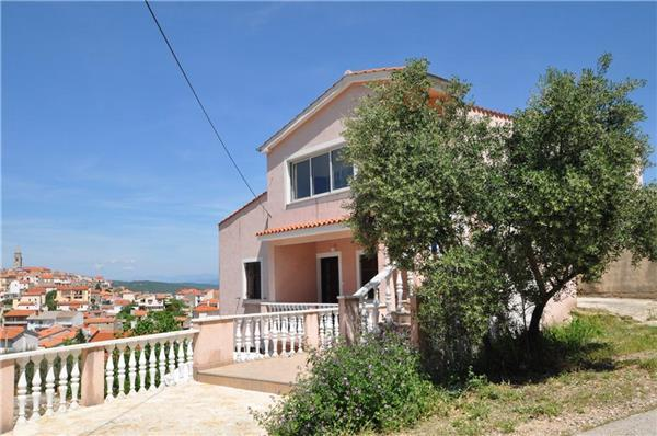 Apartment for 5 persons near the beach in Krk - Image 1 - Vrbnik - rentals