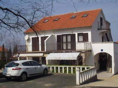 Apartment for 5 persons in Krk - Image 1 - Njivice - rentals